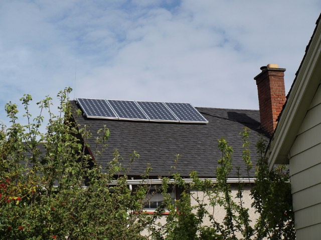 solar home showing panels